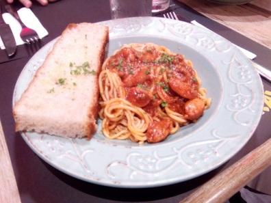 Spaghetti alla Bolognese, Php 265.00